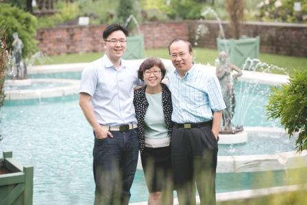 Wesley MDiv student Paul Cho and his parents